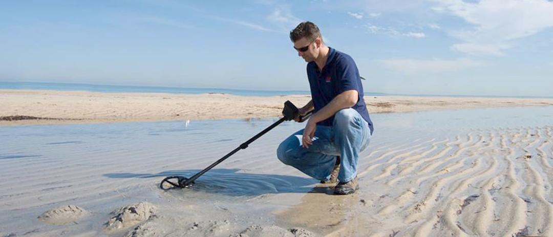 Utiliser un detecteur de metaux a la plage